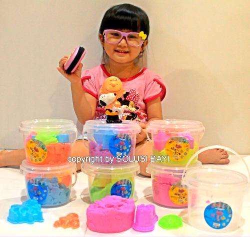 jual pasir kinetik kinetic sand playpsand murah mainan edukatif anak ember 300 gram 1